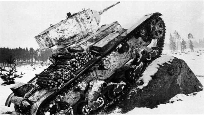 1 продам танк т-62 (экспонат), не на ходу, без двигателя и коробки передач